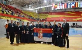 Zenska kendo reprezentacija osvojila srebro na evropskom prvenstvu